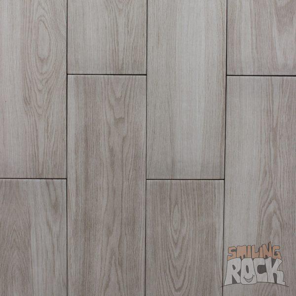 Soft oak wood look tile
